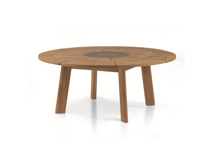 Brick 003 table